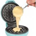 Nostalgia Mini Waffles Sanduchera eléctrica MWF5A